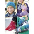 Womens & Childrens Hat, Wrist Warmers and Mitts in Escape Dk (9264)